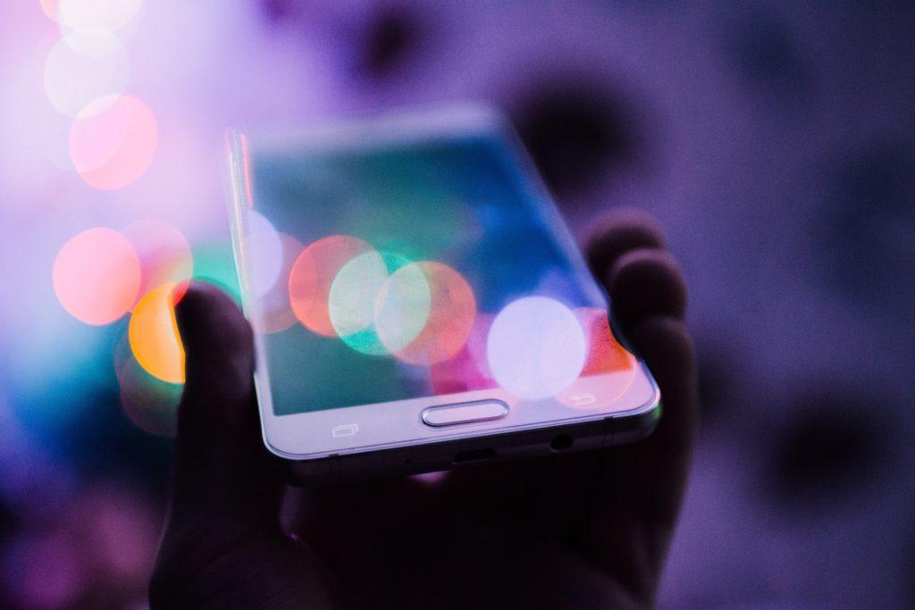 Voice Search ist einer von mehreren Marketing Trends 2021