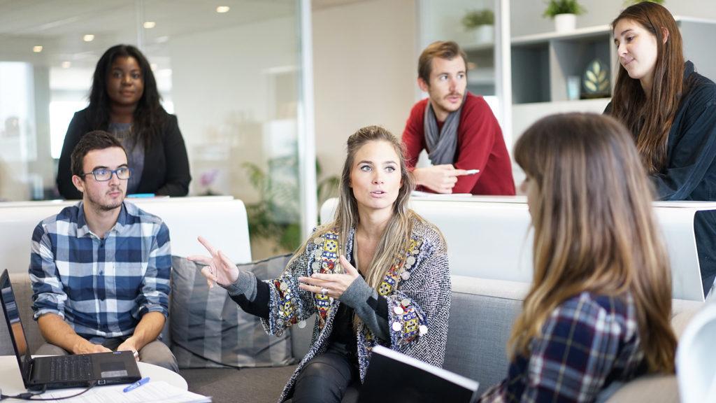 Themen für den Newsroom generieren in agilen Redaktionssitzungen / Stand-ups