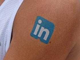 LinkedIn lässt die Muskeln spielen: Für Seiten oder Profile im B2B die beste Plattform